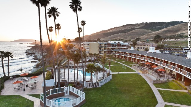 Think you can't get a relaxing beachfront hotel for less than $200? Think again! Our first contender, the beachfront SeaCrest Motel in Pismo Beach, California, dates back to the early 1960s but sports a 2007 remodel.