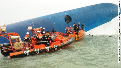 Almost 300 missing after ferry capsized