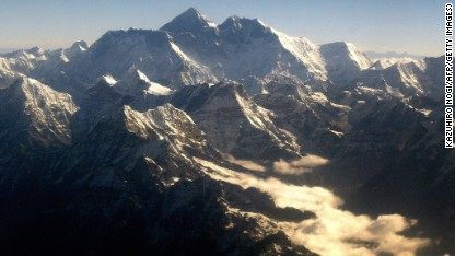 Everest climbing season dicey after avalanche