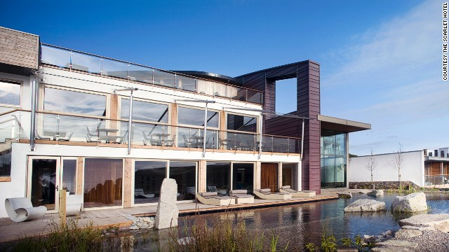 The Scarlet Hotel is a luxury eco-hotel and spa overlooking the surfing beach of Mawgan Porth and the epic 1,014-kilometer <a href='www.southwestcoastpath.com' target='_blank'>South West Coast path</a>.