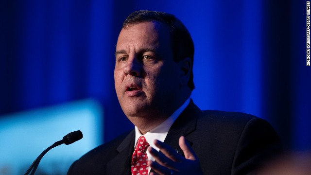 Christie ducks question on New Jersey gun bill