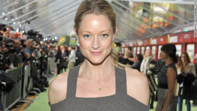 "Actress Teri Polo, from ""Meet the Parents"" and ABC Family's ""The Fosters,"" filed for bankruptcy in April. <a href='http://www.tmz.com/2014/04/22/meet-the-parents-teri-polo-bankrupt/' target='_blank'>According to TMZ</a>, Polo owes about $772,000 in back taxes and more than $36,000 in credit card debt."