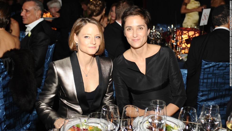 Jodie Foster is adept at keeping her private life low-key. The actress quietly wed her girlfriend, photographer Alexandra Hedison, over the April 18 weekend. According to <a href='http://www.eonline.com/news/534871/jodie-foster-marries-girlfriend-alexandra-hedison' target='_blank'>E! Online</a>, the couple had been dating for almost a year.