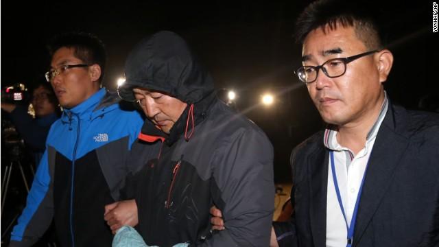 La tripulación del ferry hundido en Corea del Sur va a juicio bajo acusaciones de homicidio