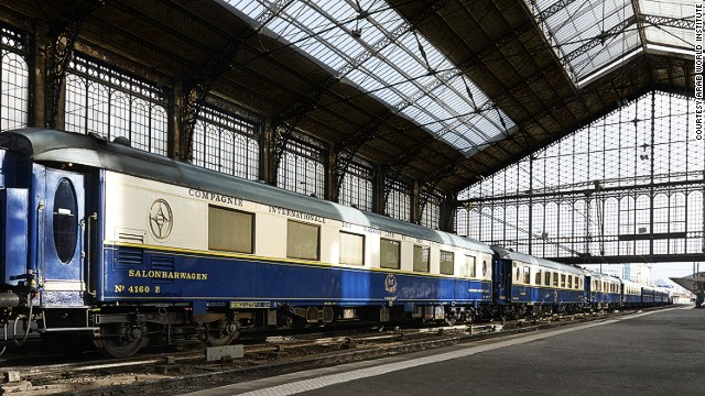 A new exhibition in Paris, <a href='http://www.imarabe.org/activites-evenements/collections-expositions/expositions/orient-express' target='_blank'>Once Upon a time on the Orient Express</a>, aims to restore the glory of the world's most legendary train. Here, the original Flèche d'Or carriage sits inside a station.