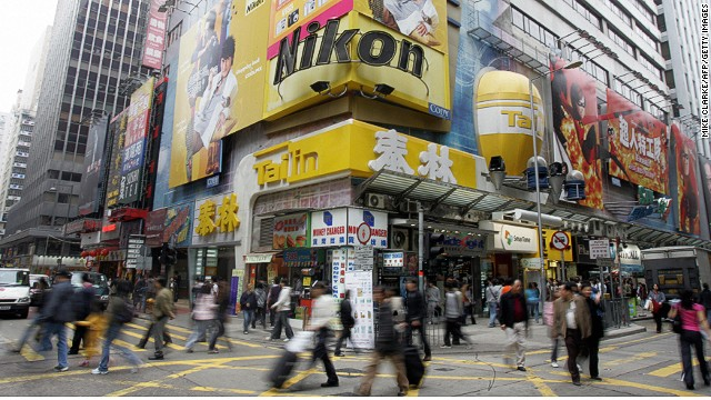 The recent clash between two Chinese parents and local Hong Kongers took place in Mongkok, one of the busiest shopping district in the world.
