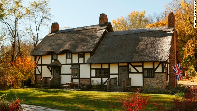 Anne Hathaway's Cottage bed and breakfast in Staunton, Virginia, is a thatched-roof affair like the one Shakespeare's wife inhabited in Stratford-upon-Avon.