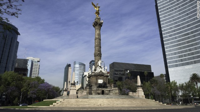 The dried-out bed of a big lake isn't the best foundation for construction. The 1910 Angel of Independence monument is one of the city's sinking structures.