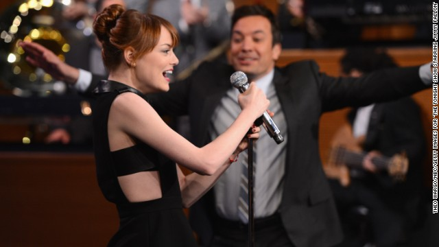 Emma Stone wins lip sync battle with Fallon