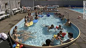 Heated conversations at the Sudureyri pool.