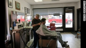 George Robinson has clipped hair in Lake City for 43 years. He\'s for the project \