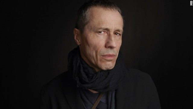 Michael Wincott plays Adrian Cross, an underground hacker who has Chloe's allegiance.