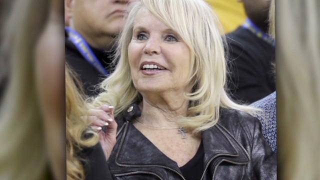 Esposa de Sterling aprueba plan para buscar nuevo director ejecutivo de los Clippers