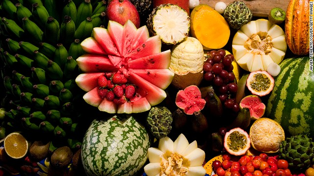 How many fruits in a Brazilian basket can you name? Can you spot fruta do conde, which is rich in antioxidants? They're the artichoke-like green fruits.