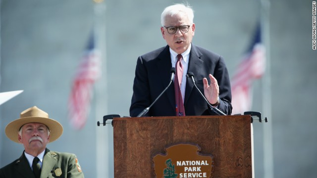 David Rubenstein, co-founder and co-CEO of the Carlyle Group, addresses National Park Service Director Jonathan Jarvis and the rest of the crowd. For the restoration project, Congress allocated $7.5 million, and Rubenstein matched those funds with a $7.5 million donation via the Trust for the National Mall.