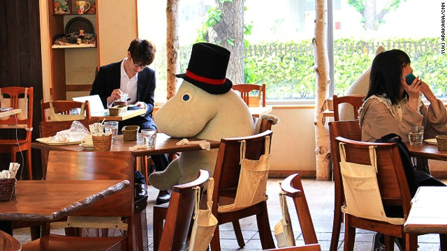 While there are <a href='http://www.benelic.com/english/service/#moomin_house' target='_blank'>three Moomin Cafe locations </a>in Japan, the Tokyo Dome cafe is popular with Dome concert goers.