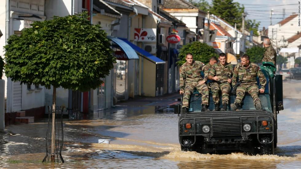 Inundaciones históricas en Bosnia y Serbia
