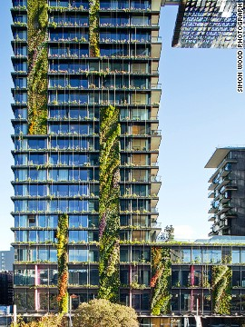 Thanks to the vertical gardens on each floor, this Sydney building gives residents the impression of living in a tree house. The whole Central Park Sydney complex is built around a spacious park. At night, the building serves as a canvas for Yann Kersale's LED art installation. <strong>Architects: </strong>Ateliers Jean Nouvel, PTW Architects