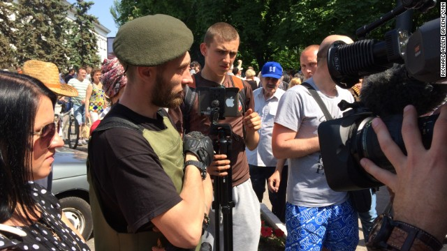 Andrey Borisov, the military leader of the separatists in Mariupol, Ukraine, says he needs more men who are prepared to fight.
