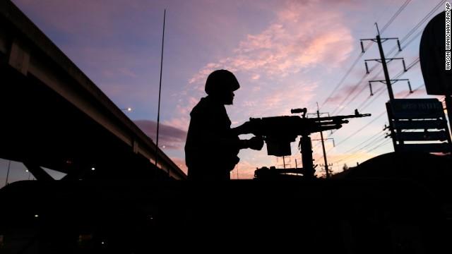 Ejército de Tailandia declara la ley marcial; niega golpe de Estado