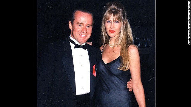 "The marriage of ""Saturday Night Law"" star Phil Hartman and wife Brynn ended tragically in 1998 after she shot him to death in their bed and then took her own life."