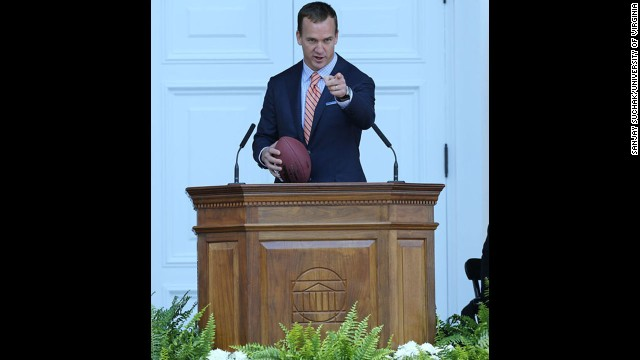 The Denver Broncos quarterback spoke to graduates of the University of Virginia on May 17, even tossing a football to a few students.<!-- --> </br>
