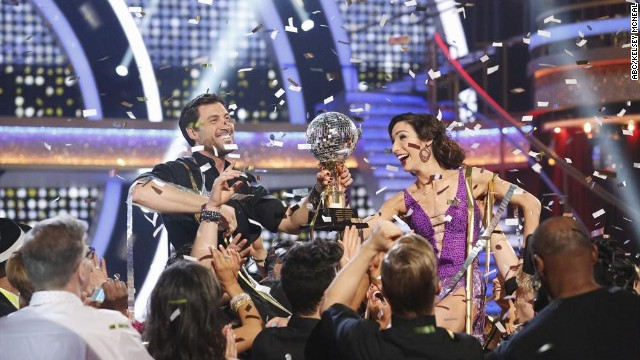 Meryl Davis and Maksim Chmerkovskiy are crowned Season 18 champions on the