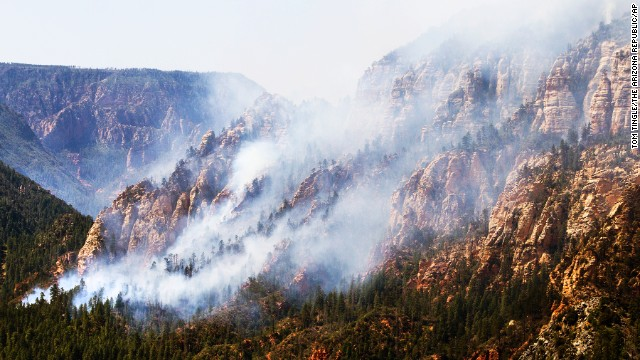 The wildfire burns south of Flagstaff, Arizona, on May 21.