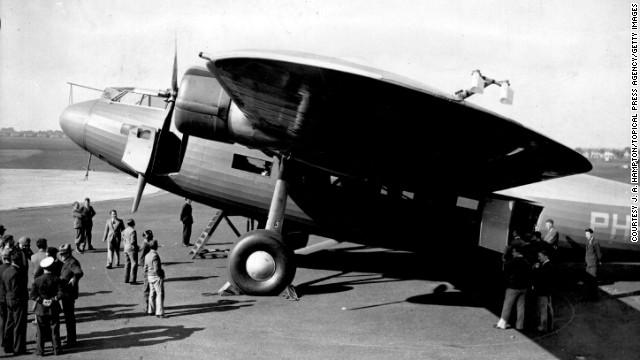 1920: KLM operated its first flight, making it the oldest airline still in operation today. The following year it began scheduled flights between Amsterdam and London.
