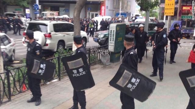China ejecuta a 13 condenados por terrorismo