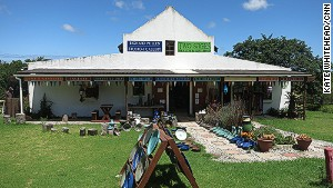 Richard Pullen Open Studio is a pottery center and shop.