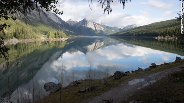 Every winter, Medicine Lake in Canada simply disappears, and the mystery of why wasn't solved until the 1970s.