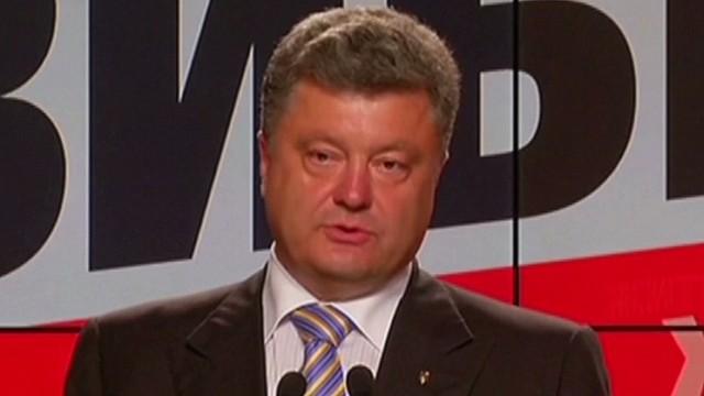 Poroshenko: Rusia debe ayudar a llevar la paz a Ucrania