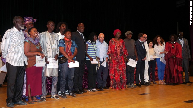 The winners of Dak'Art 2014 were announced on May 9, in an event attended by Senegalese prime minister Aminata Toure (middle).
