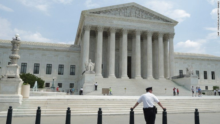 Supreme Court allows Texas abortion clinics to remain open