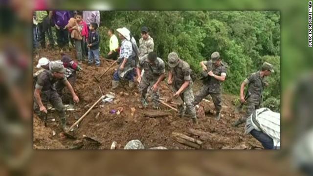 6 muertos y 3 desaparecidos deja alud en Guatemala