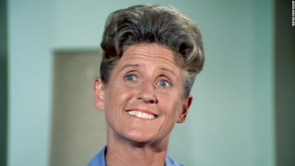 "Everyone's favorite housekeeper, Alice Nelson, was played by Ann B. Davis on the sitcom. Davis died on Sunday, June 1, after suffering a subdural hematoma the day before. She never regained consciousness. Davis retired from show business in the late '70s, but popped up here and there. Davis appeared in commercials and several stage productions, and in the 1995 ""Brady Bunch"" movie, she played a truck driver, convincing a runaway Jan (Jennifer Elise Cox) to return home."