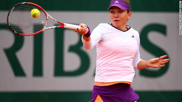 Simona Halep overcame former French Open champion Svetlana Kuznetsova 6-2 6-2 to qualify for her first ever grand slam semifinal.