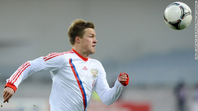 Maksim Kanunnikov (Russia): Boy, Fabio Capello better have this one right. The 22-year-old's first cap was last month, and his resume with three Russian clubs is mediocre. So why is he a player to watch? Because one has to wonder what Capello saw in Kanunnikov that convinced him to select him over the more talented Andrei Arshavin and Pavel Pogrebnyak. Will he break out or break down?