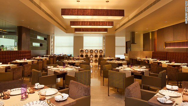 The birthplace of vegetarianism, South India is largely vegetarian. Despite its modern decor, Madras restaurant serves home-style cooking.