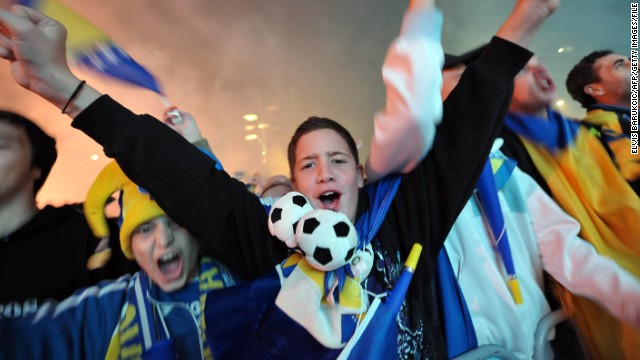 Bosnia confirmed qualification for its first World Cup with a 1-0 win over Lithuania in Vilnius on October 15, 2013. The victory sparked wild celebrations on the streets of Sarajevo, where 50,000 fans took to the streets for a glorious homecoming.