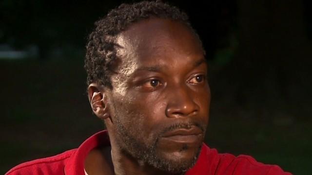 Supervisor amenaza con colgar a trabajador por tomar agua del bebedero para 'blancos'