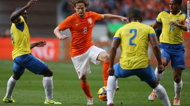 Daley Blind (Netherlands): He's no goal machine, but Ajax's 2012-13 Player of the Year is a true box-to-box midfielder. With Kevin Strootman out due to injury, the 24-year-old understudy should see additional playing time for his country. He'll have extra motivation, too: His father, Danny Blind, who also played for Ajax, is a coach for the national team and has been tapped to take the team's reins following the 2016 European Championship.