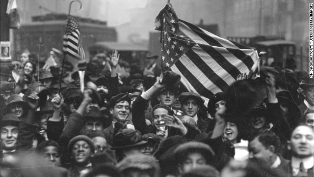 Armistice Day is celebrated in Chicago on November 1, 1918.