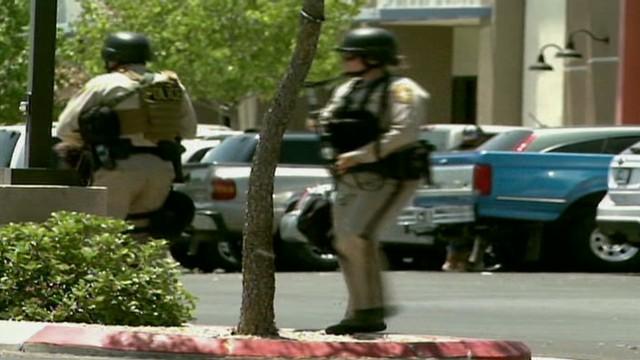 Hombres armados asesinan a dos policías y un civil en Las Vegas