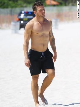 Ryan Phillippe showed off his beach body in Miami in June 2014.