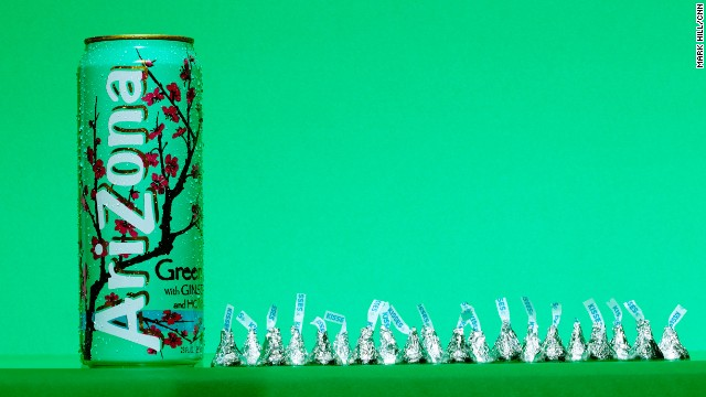 Tea: Arizona Green Tea with Ginseng & Honey. A 23-ounce can of Arizona Green Tea contains 51 grams of sugar, which is about the same as can be found in 20 Hershey's Kisses.