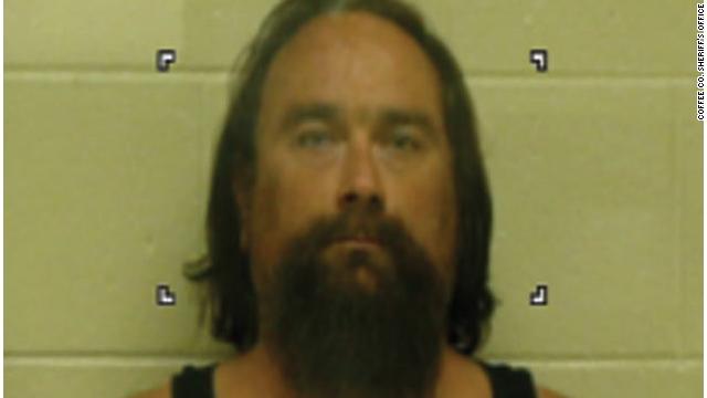 Acusan a un hombre de Tennessee de descuartizar y comerse restos de una mujer