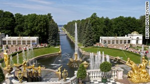 You can spot the Versailles influence at Peterhof Palace Garden.