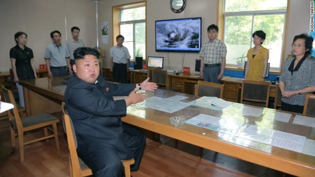 Kim Jong Un regaña a los meteorólogos norcoreanos por sus malos cálculos